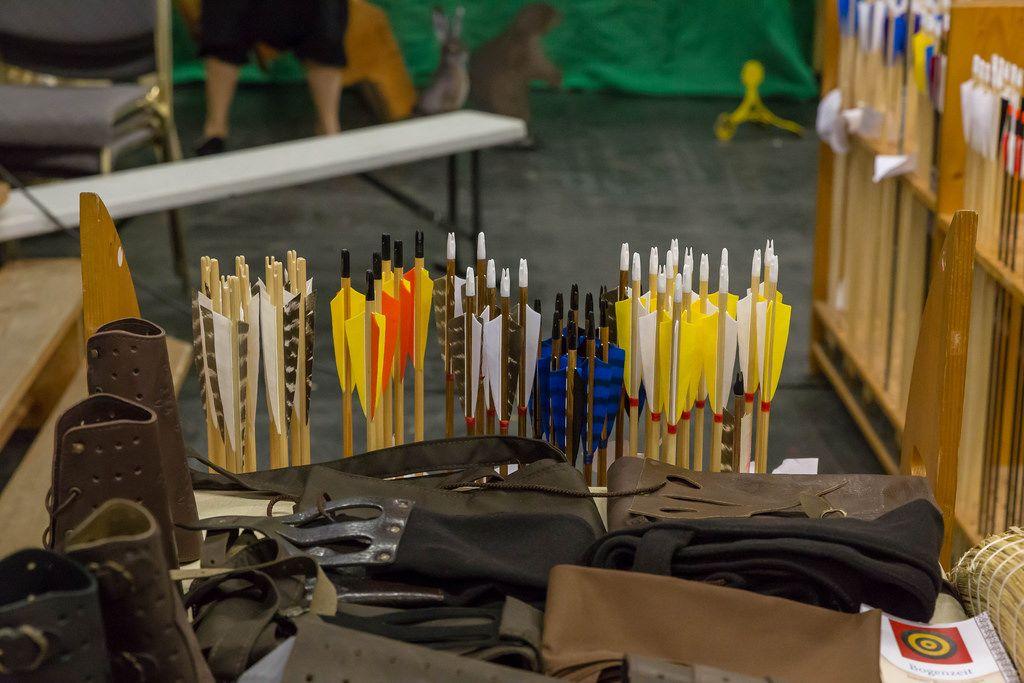 Pfeile und Bogenschützen-Ausrüstung für LARP