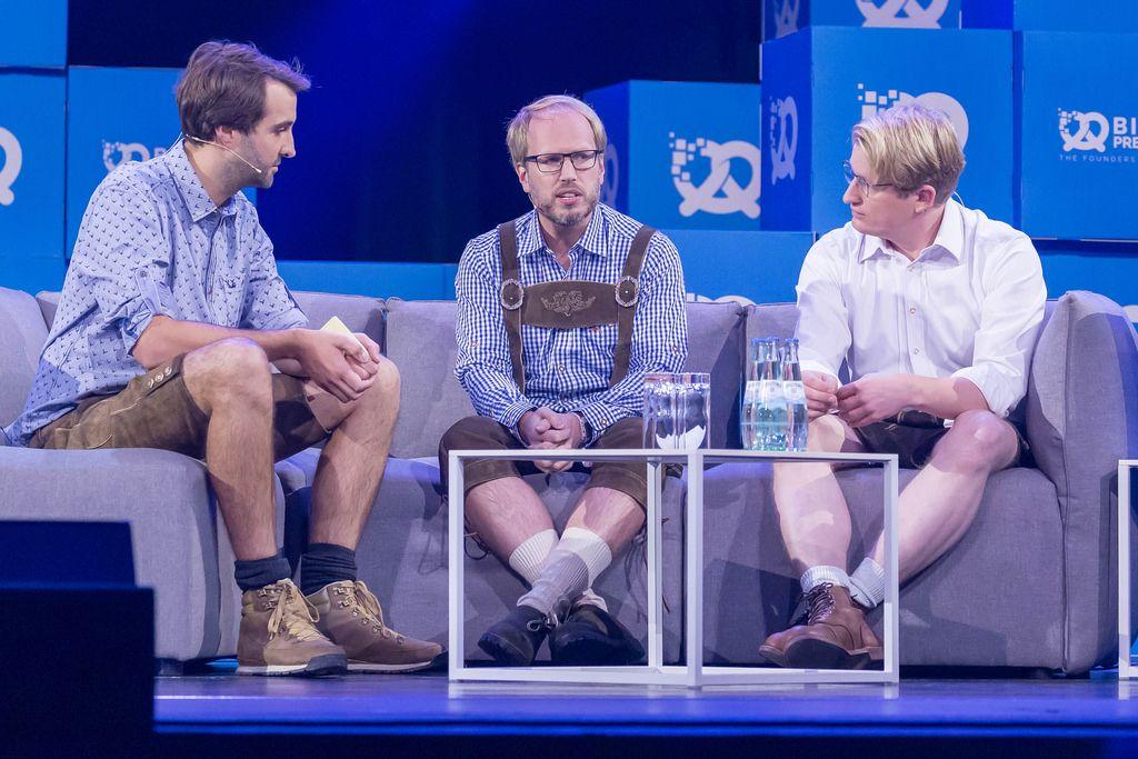 Phillip Erler, Johannes Schaback, Tobias Schlottke - auf der Bühne beim Bits & Pretzels 2018