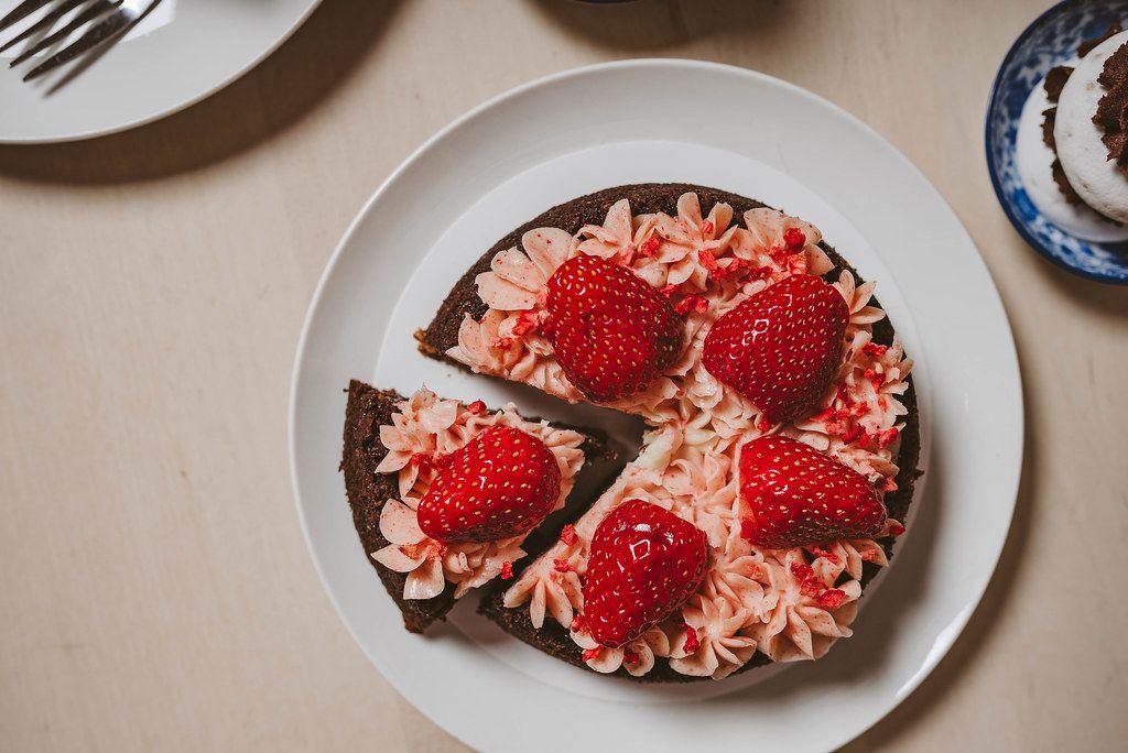 Piece Of Strawberry Homemade Cake (Flip 2019)