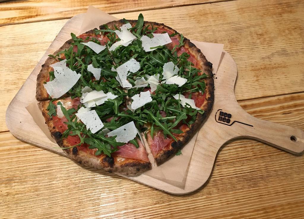 Pizza Rustico im Neo in Köln