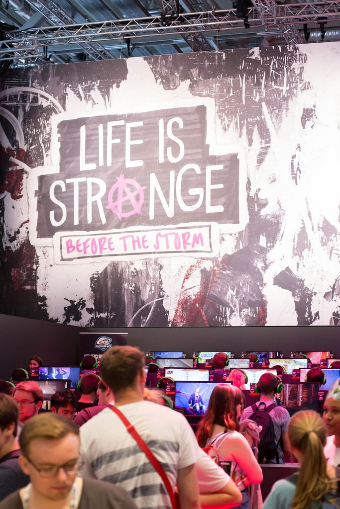 Plakat von Life is Strange Before The Storm bei der Gamescom 2017