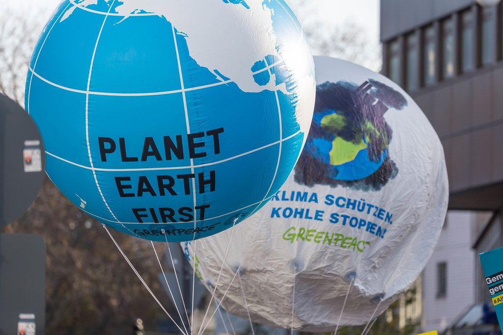 Planet Earth First, Klima Schützen und Kohle stoppen von Greenpeace