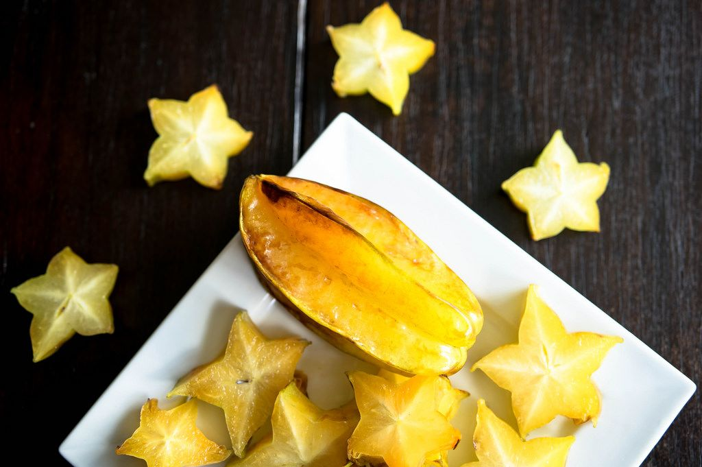 Plate with carambola fruit
