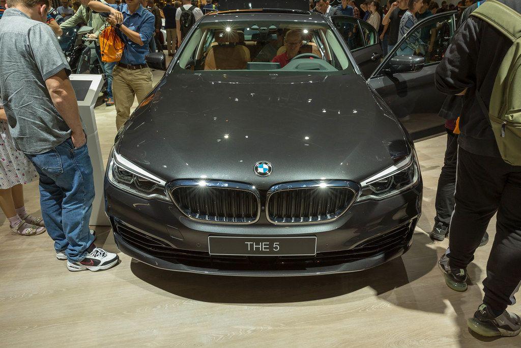 Plug-in-Hybridauto BMW 530e xDrive Limousine
