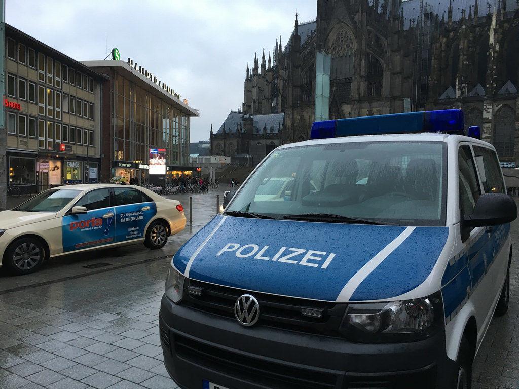 Polizei am Hauptbahnhof Köln