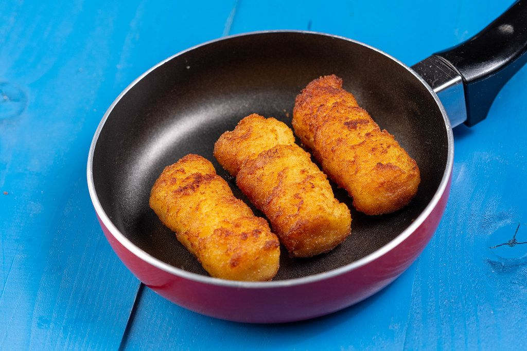 Potato Croquettes in the Frying Pan (Flip 2019)
