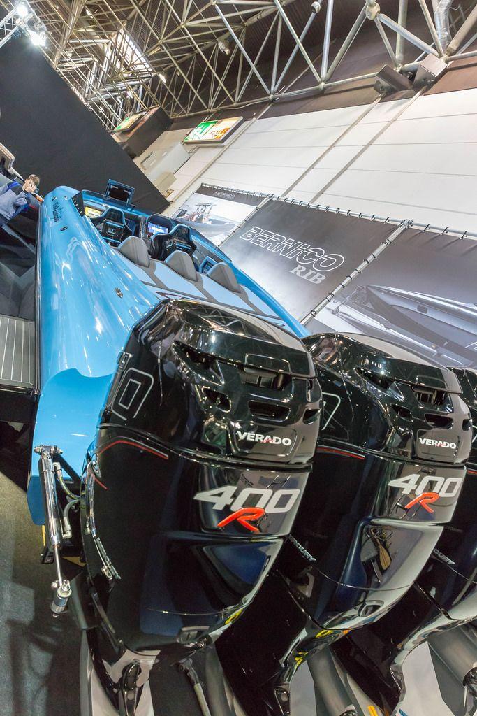 Powerful outboard engines Verado 400R - Boot Düsseldorf 2018