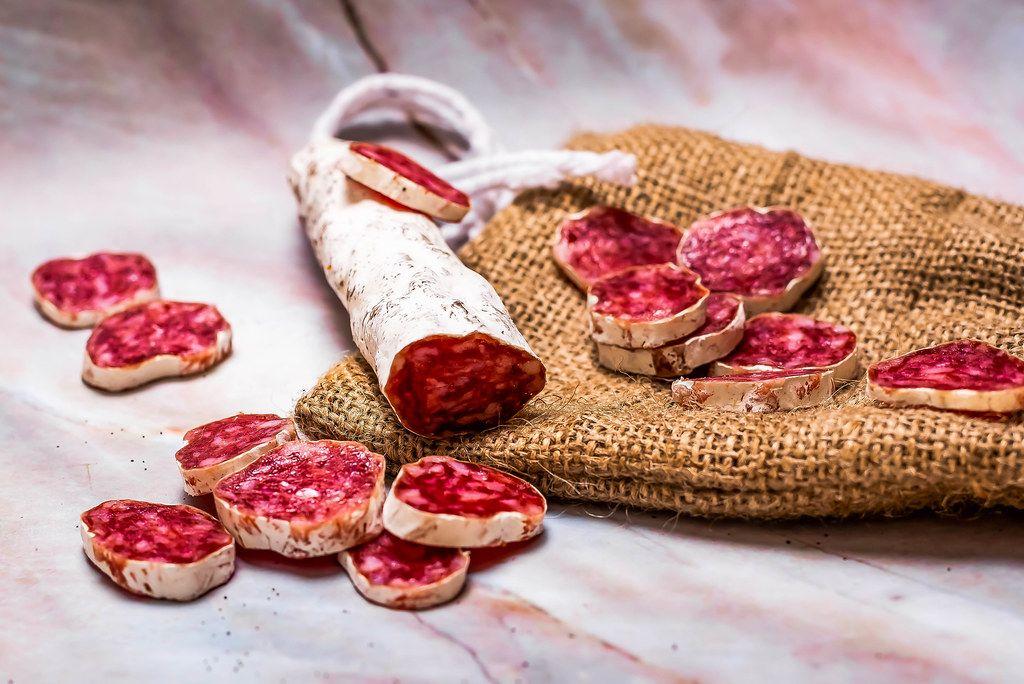 Prosciutto appetizer pieces on linen cloth.jpg