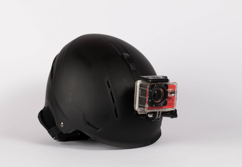 Protection helmet with mounted action camera (Flip 2019) (Flip 2019) Flip 2019