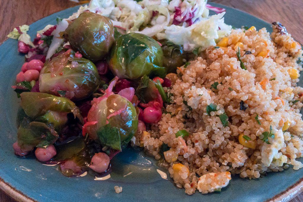 Quinoa mit Rosenkohl