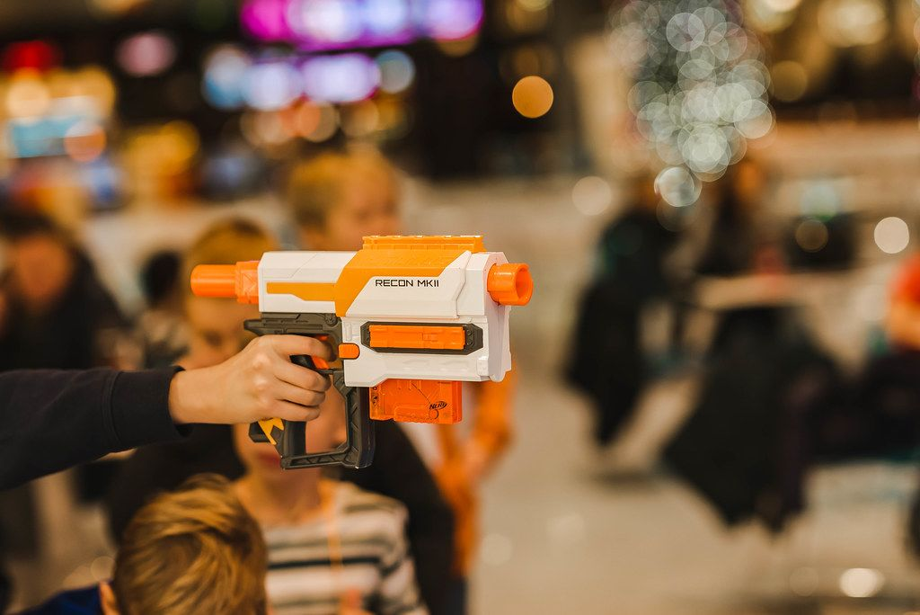Recon Nerf Play Toy With Indoors Lights