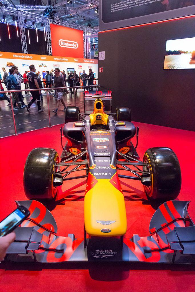 Red Bull Formula 1 racing car - Gamescom 2017, Cologne