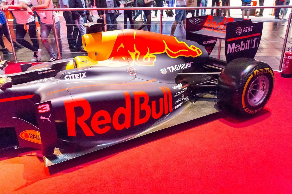 Red Bull Formula 1 Rennwagen - Gamescom 2017, Köln