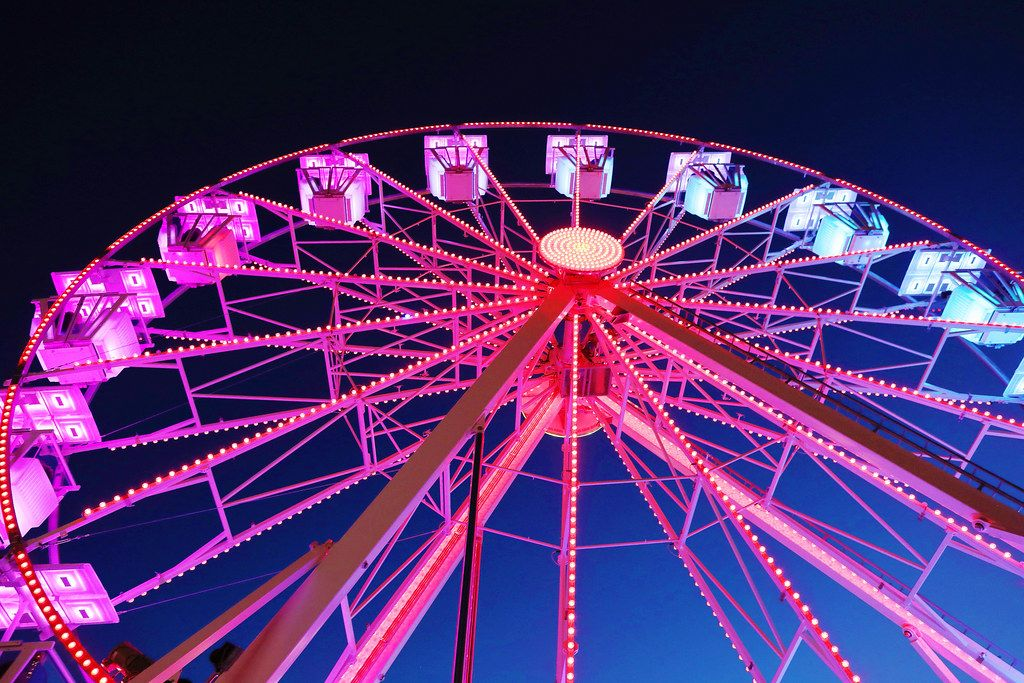 Red lighted Ferris wheel, night view (Flip 2019)
