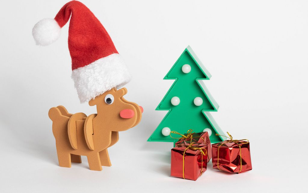 Reindeer with Christmas gifts