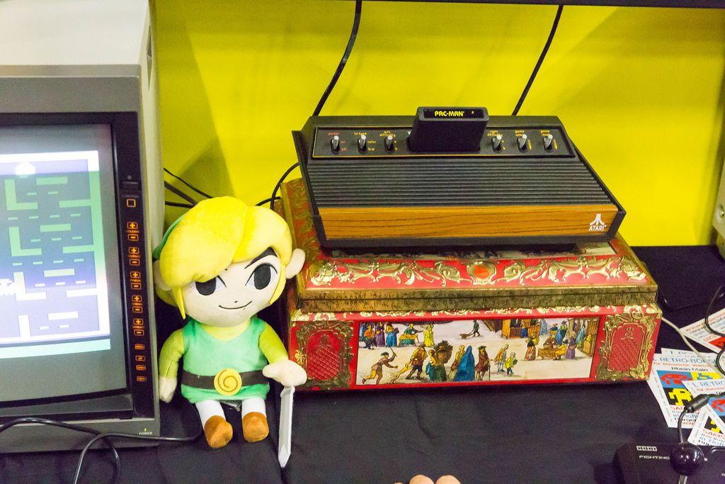 Retro-Gaming auf einer Atari 2600 - Gamescom 2017, Köln
