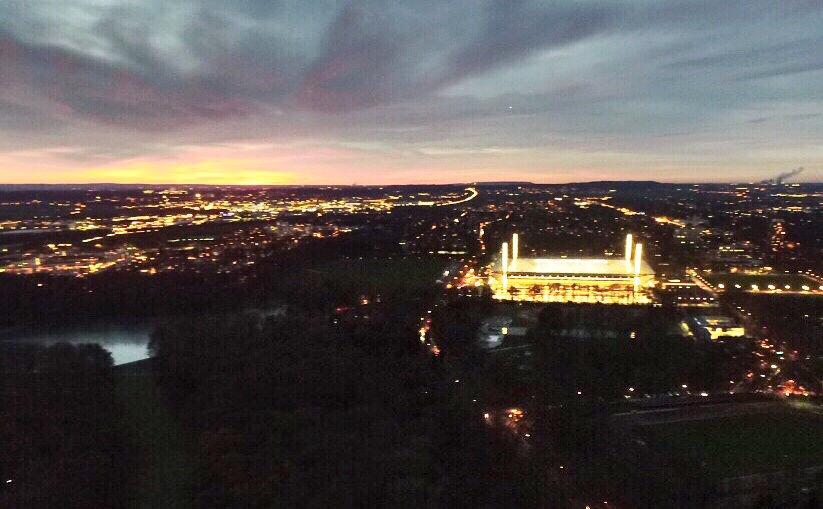 RheinEnergie-Stadion Köln am Abend