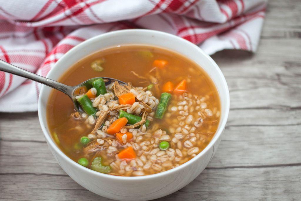 Rindfleisch, Gerstensuppe mit Grünen Stangenbohnen und Karotten