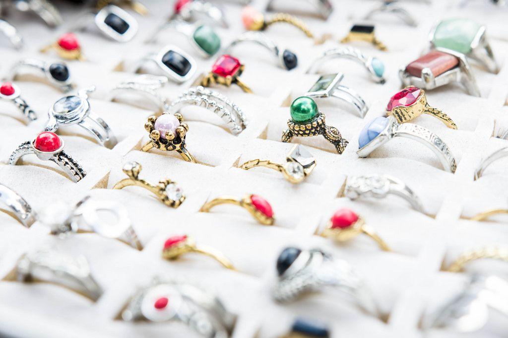 Ring market