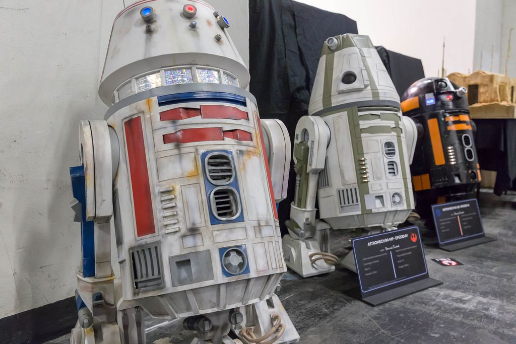 Roboter aus verschiedenen Star Wars Episoden