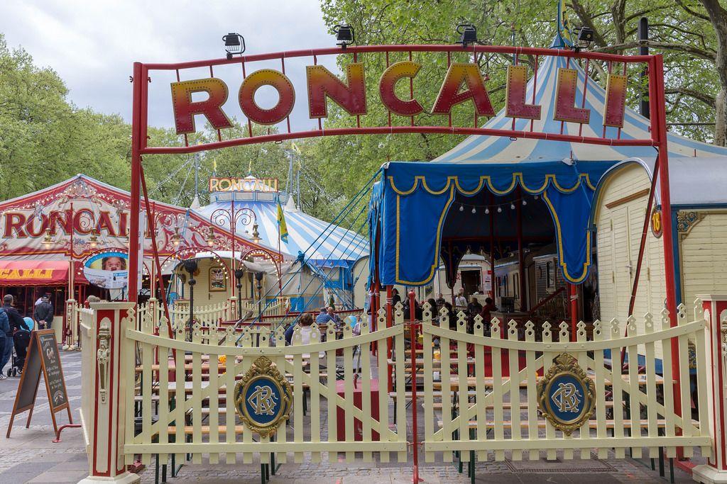 Roncalli-Zirkus auf dem Neumarkt in Köln