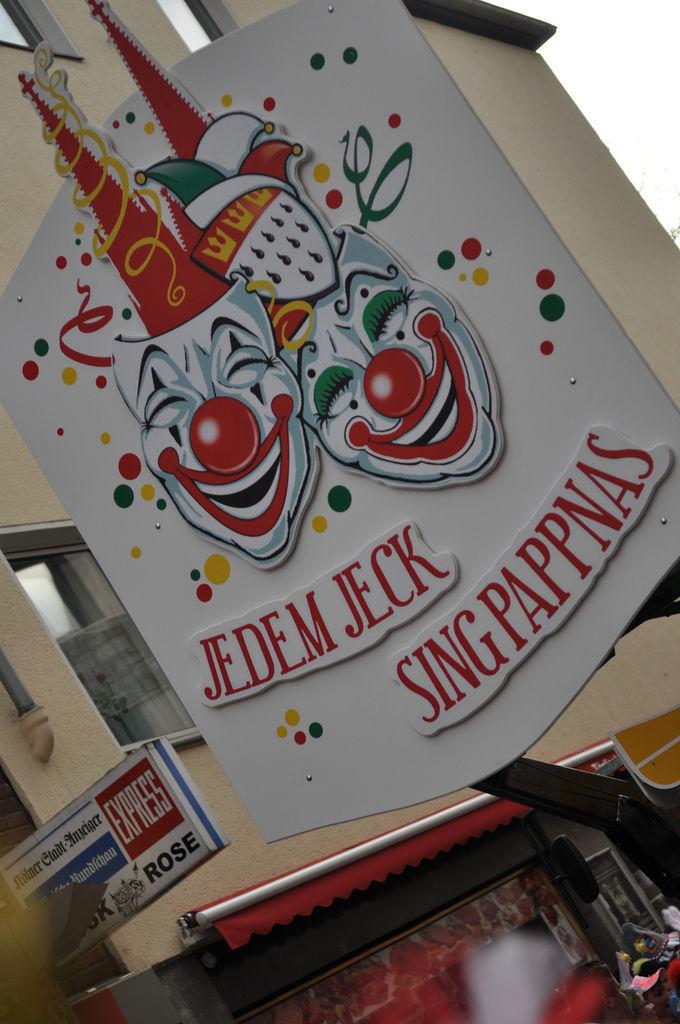 Rosenmontagszug 2012: Jedem Jeck Sing Pappnas
