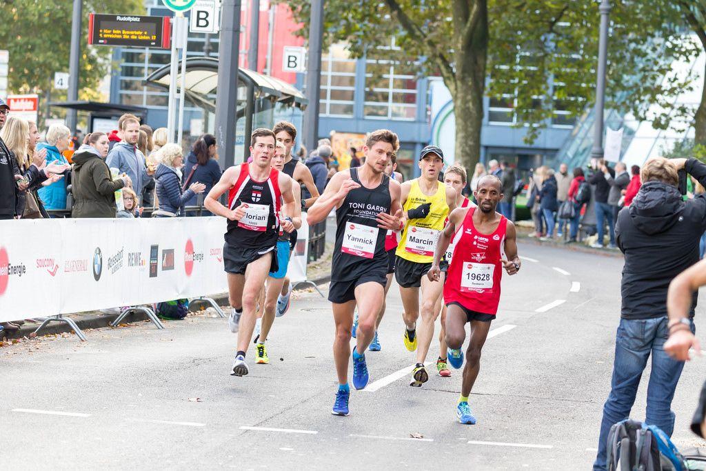 Röser Florian, Stubbe Yannick, Blazinski Marcin und Fsehatsion Semere - Köln Marathon 2017
