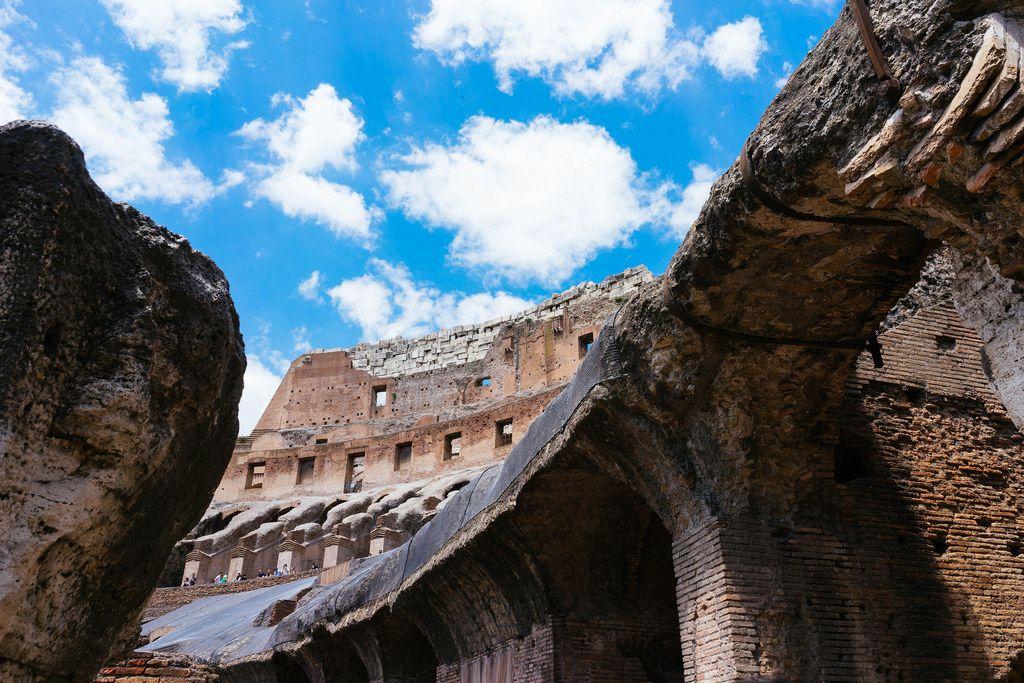 Ruins of Colosseum / Ruinen des Kolosseums