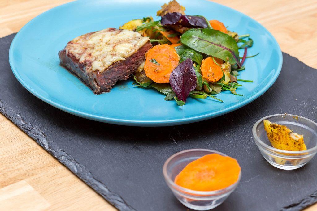 Rump Steak with Cheese and veggies