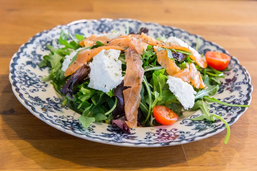 Salad with Salmon and Goat Cheese