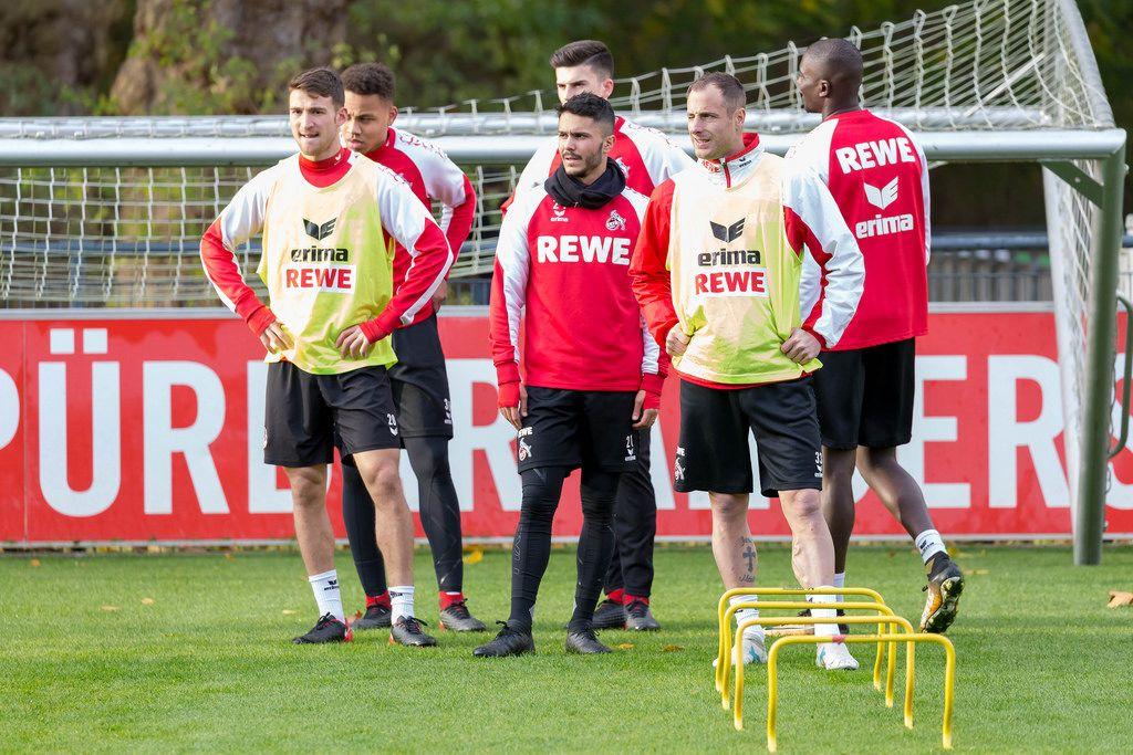 Salih Özcan, Leonardo Bittencourt, Matthias Lehmann und Nikolas Nartey beim Training