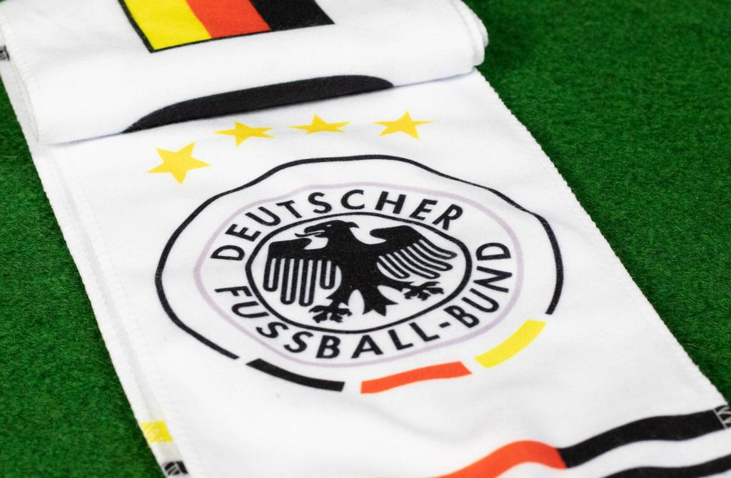 Schal für Fans der deutschen Fußballnationalmannschaft