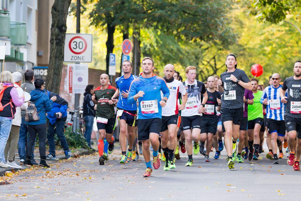 Schmitz Johannes, Mussehl Valentin, Uttendorf Mark, Berns Robert, Waldrich Markus, Gasper Dennis - Köln Marathon 2017