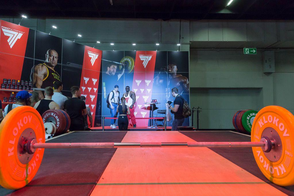 Schwere Gewichte auf der Bühne - FIBO Köln 2018