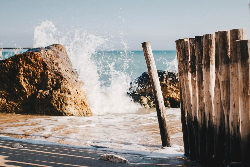 Sea waves crashing in the rocks. Landscape