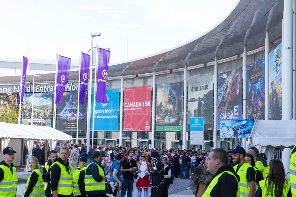 Security am Eingang - Gamescom 2017, Köln