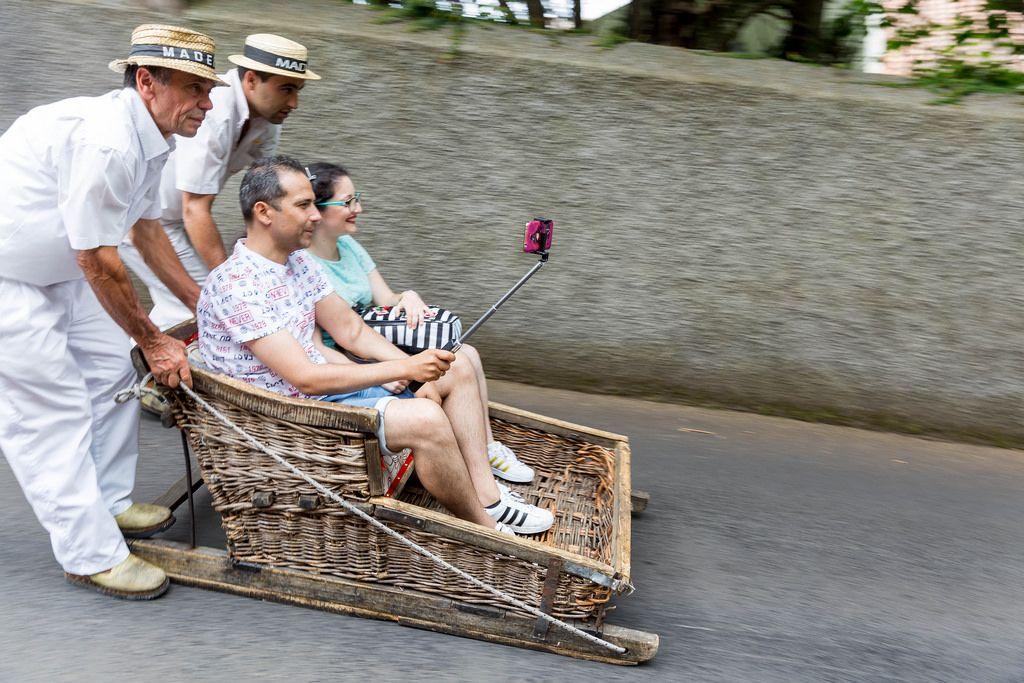 Selfie während Schlittenfahrt in Funchal