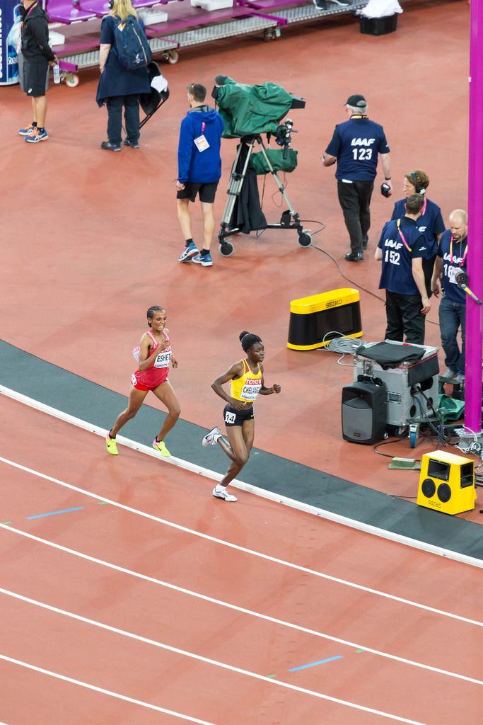 Shitaye Eshete und Mercyline Chelangat (10.000 Meter Lauf) bei den  IAAF Leichtathletik-Weltmeisterschaften 2017 in London