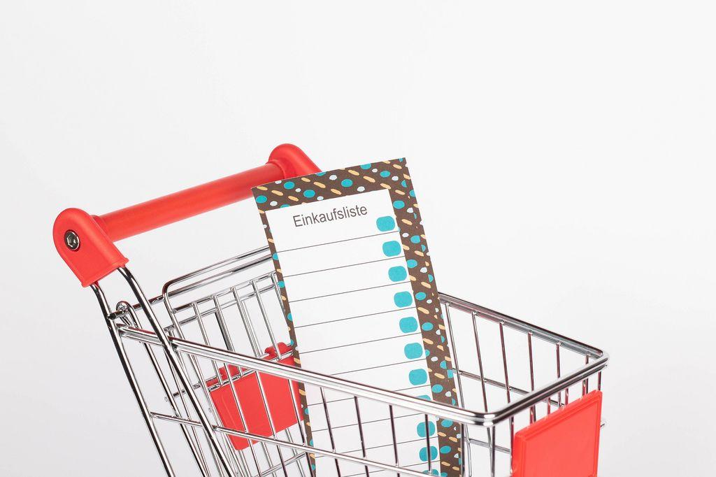 Shopping list in shopping cart