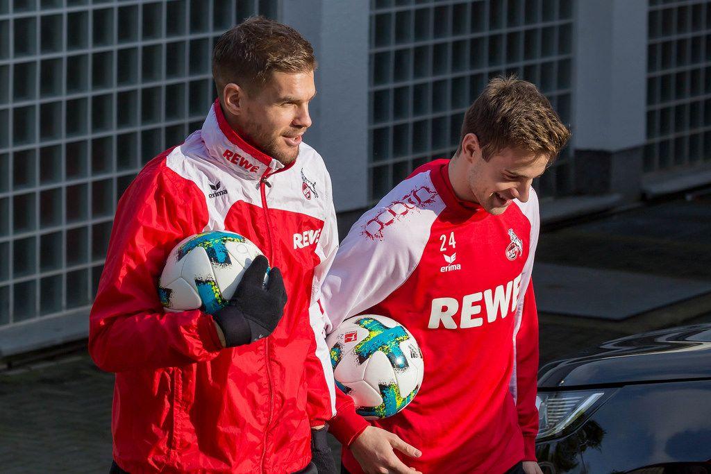 Simon Terodde und Lukas Klünter vor dem Training am 30.01.2018