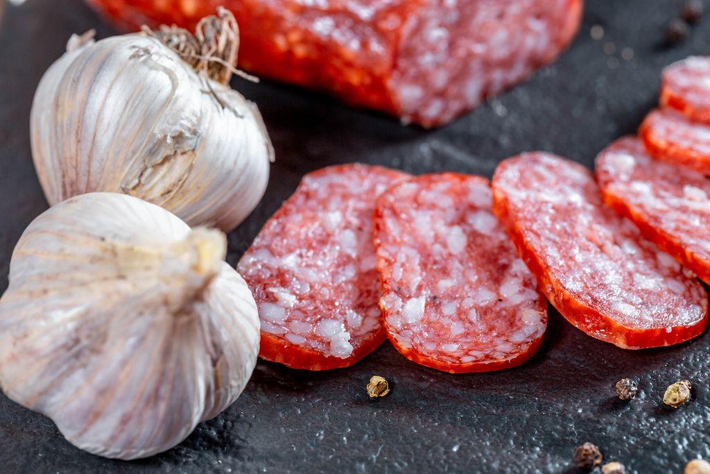 Sliced sausages and garlic (Flip 2019) (Flip 2019) Flip 2019