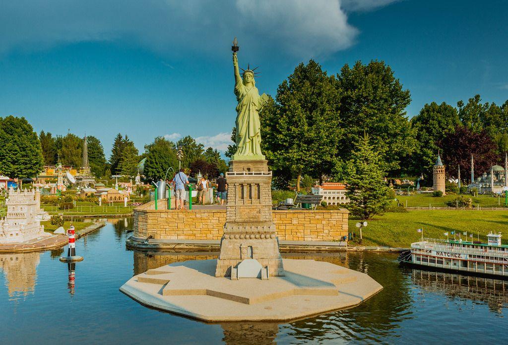 Small Statue of Liberty