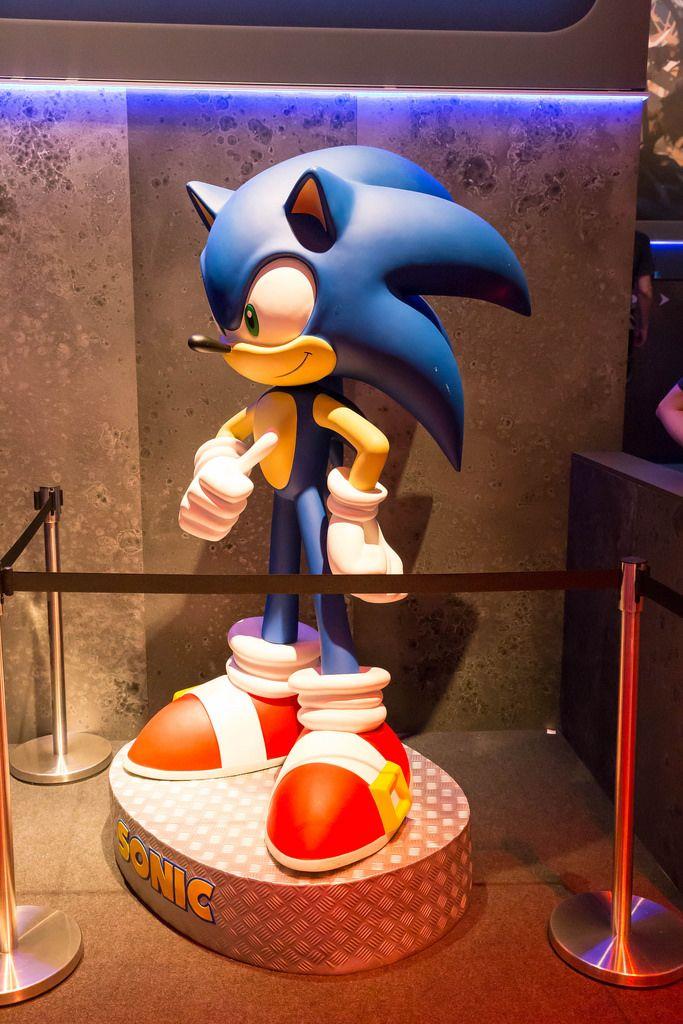 Sonic Figur in Lebensgröße - Gamescom 2017, Köln
