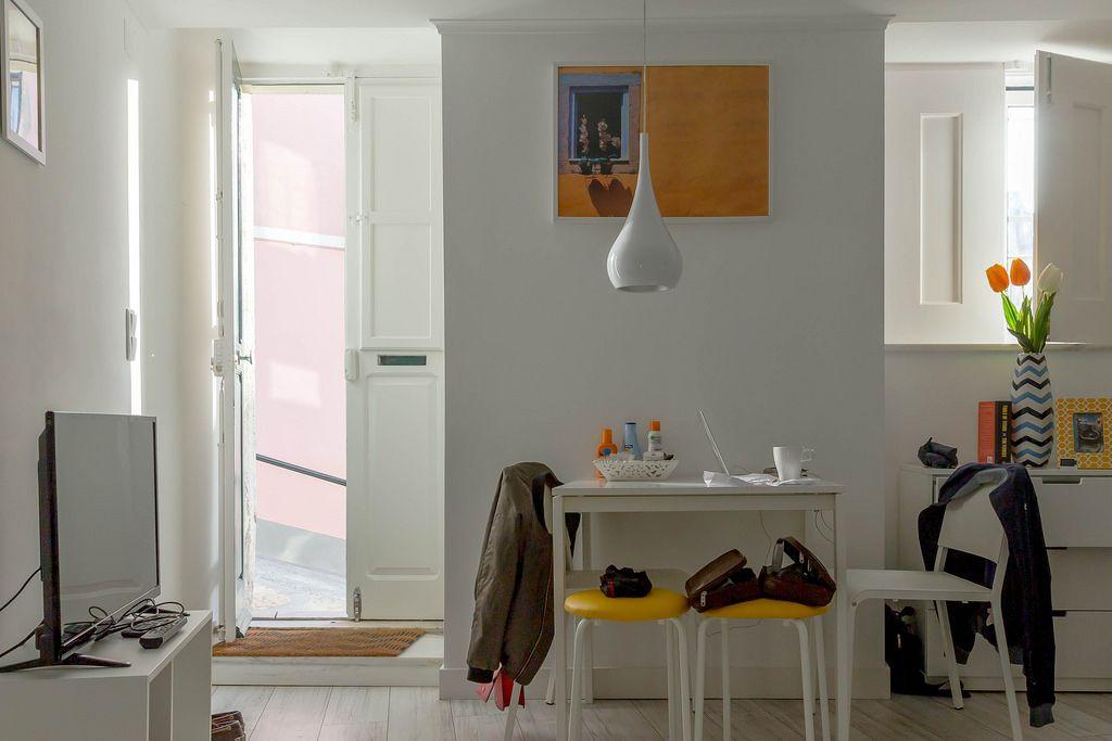 Sonnige airbnb-Wohnung / Sunny airbnb in Lisboa
