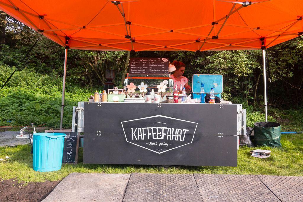 Stand von Kaffeefahrt im gamescomCamp - Gamescom 2017, Köln