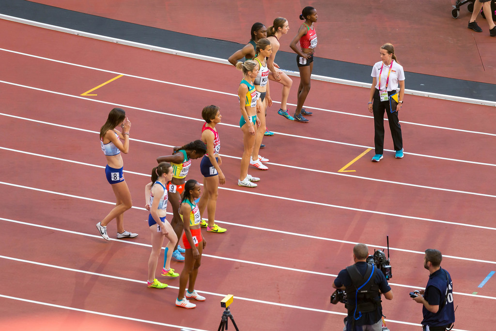 Start des 1500m-Halbfinales der Frauen in London 2017