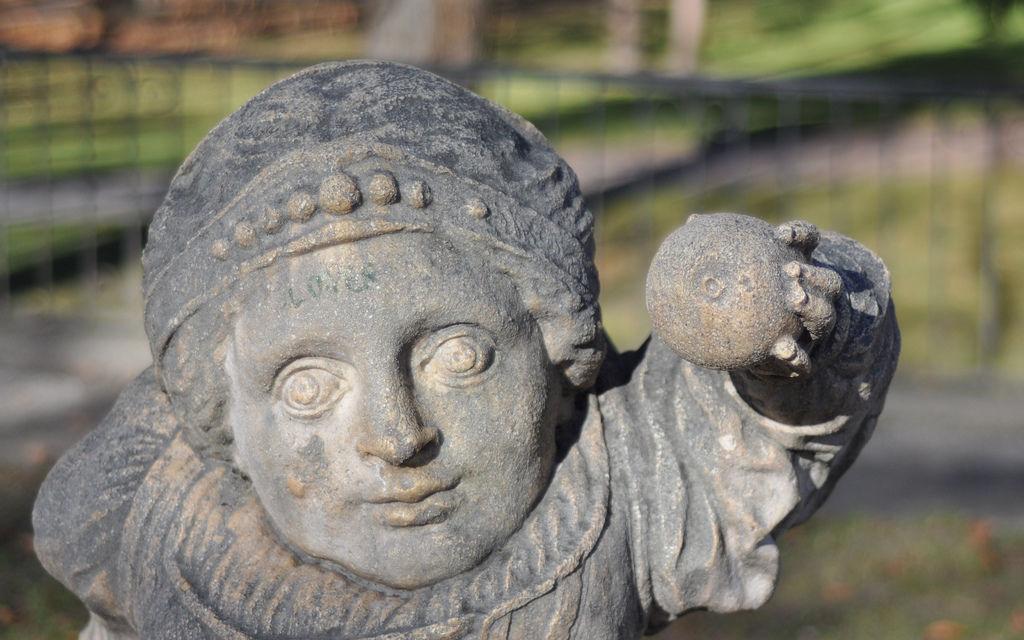 Statue im Salzburger Zwergerlgarten