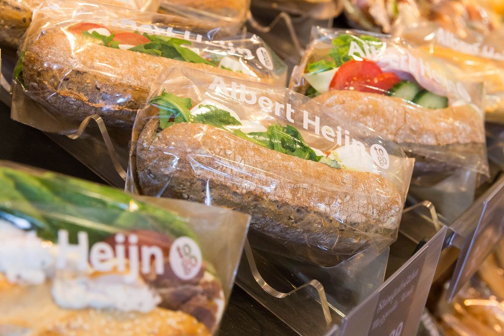 Steinofenbrötchen: Schinken-Käse, Huhn Pesto, Omelette, Mozzarella-Tomate