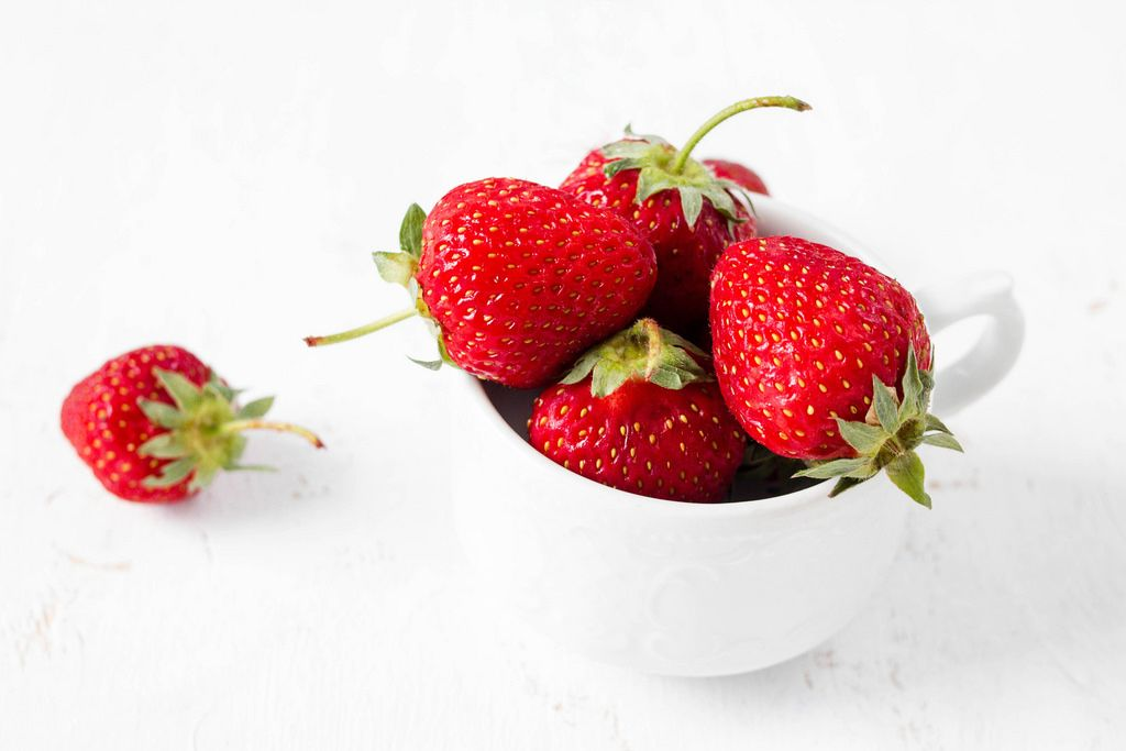 Strawberries in a cup / Erdbeeren