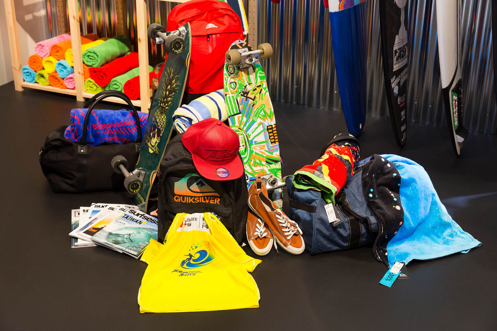 Surf- & Skate-Outfit